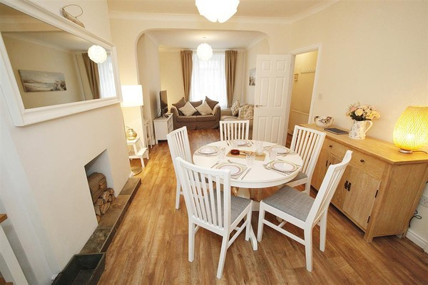 Vacation Rental Delfryn Cottage, Mumbles