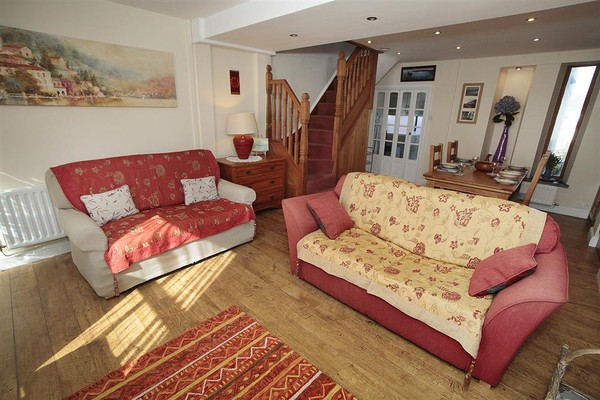 Vacation Rental Oyster Cottage, Mumbles