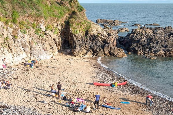 Vacation Rental The Beach Flat, Langland
