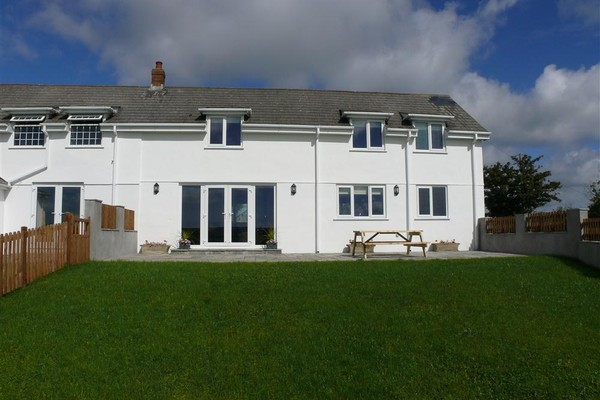 Vacation Rental Llanelen Farm, Sleeps 4, Llanrhidian