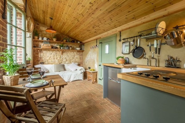 Vacation Rental The Little Potting Shed