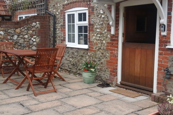 Vacation Rental Teapot Cottage