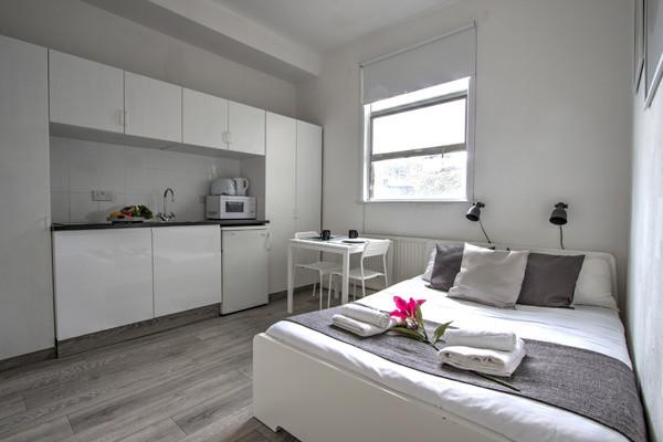 Vacation Rental Swiss Cottage Studio #sw1