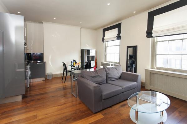 Vacation Rental Brompton Apartment #2