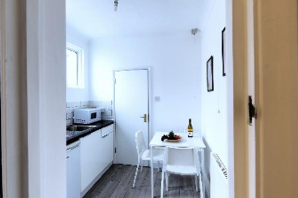 Vacation Rental Melrose Apartment #me1