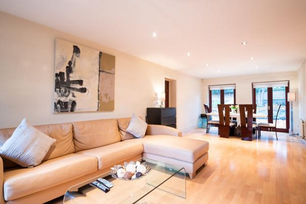 Vacation Rental Wimbledon Apartment