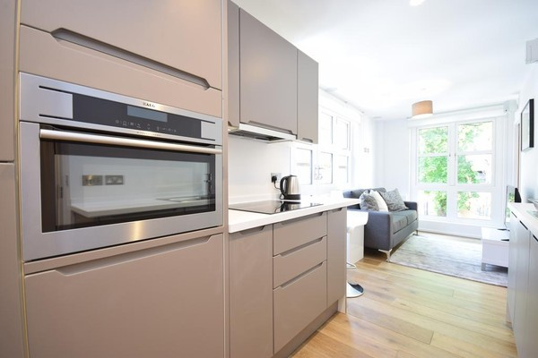 Vacation Rental Bruges Place Camden Apartments