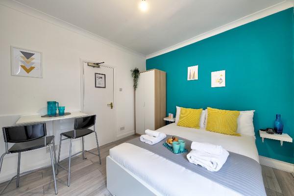 Vacation Rental Melrose Apartment #me5