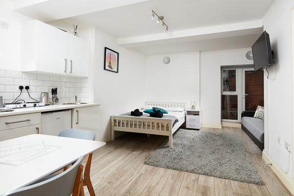 Vacation Rental Euston Studio Apartment #11