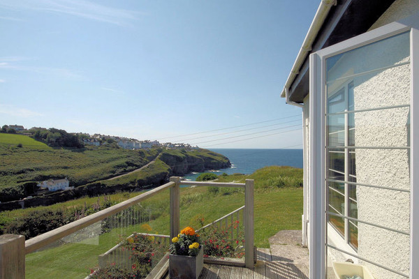 Enjoyable Cartway Cove Port Isaac Love Cottages Interior Design Ideas Inesswwsoteloinfo