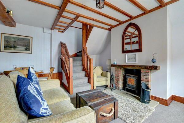 Vacation Rental Salty Dog Cottage