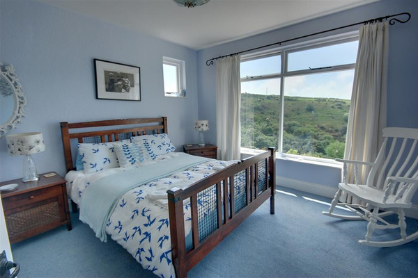 Vacation Rental Trevalley House