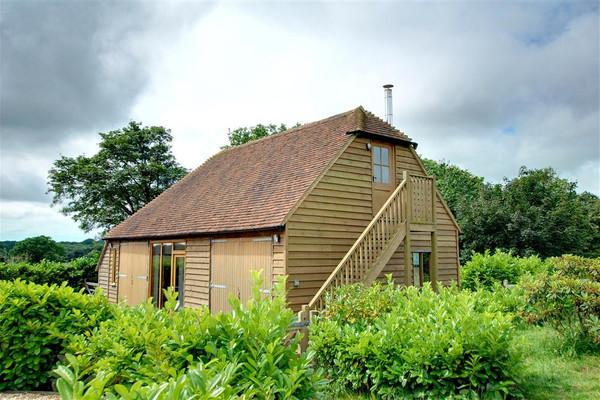 Vacation Rental Methersham Oast Barn