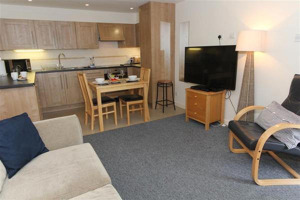 Vacation Rental 2a Mariners Apartments