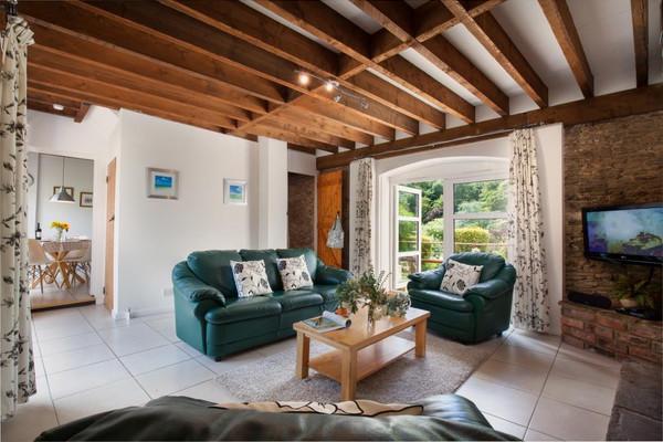 Vacation Rental Garden Cottage at Higher Bowden Estate