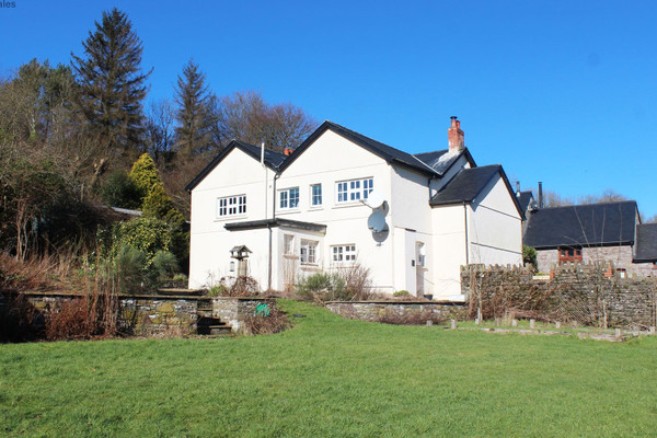 Vacation Rental Group accommodation in the Brecon Beacon