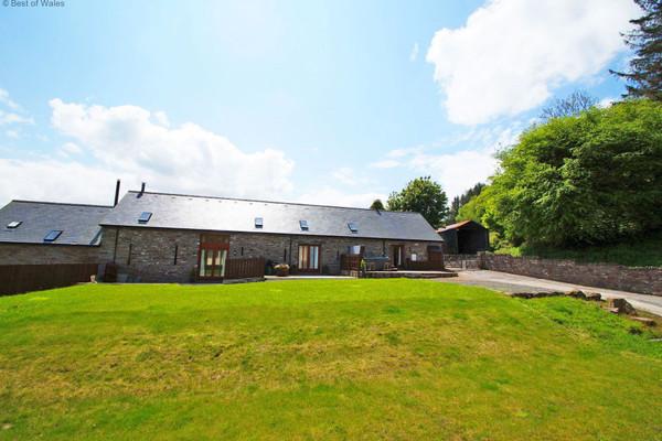 Vacation Rental Onnen Fawr Barn