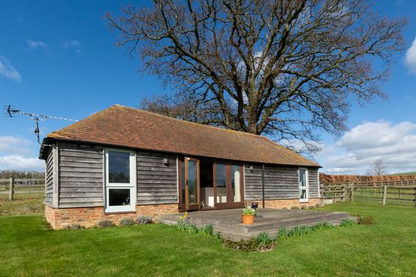 Vacation Rental Acorn Barn