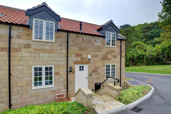 Pheasant House, Whitby - Love Cottages