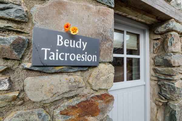 Vacation Rental Beudy Taicroesion