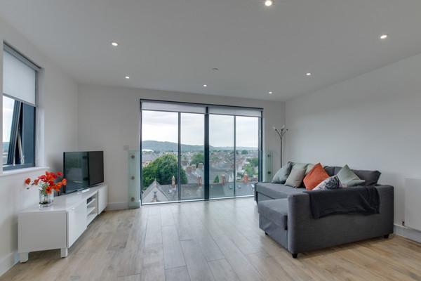 Vacation Rental Pen Dinas Cardiff Apartment