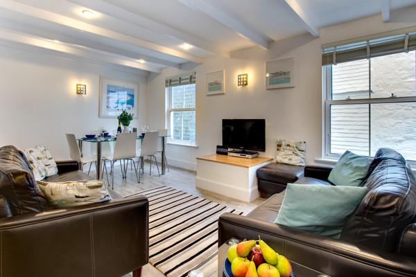 Vacation Rental Opeway Cottage, 5 Baileys Lane