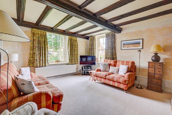 Vacation Rental Tudor Cottage