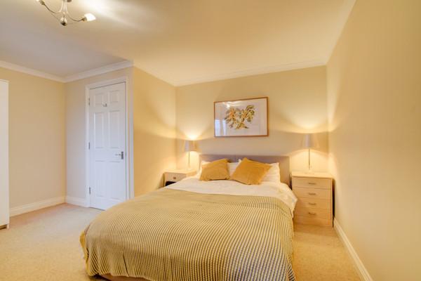 Vacation Rental Bowleaze Beach Apartment