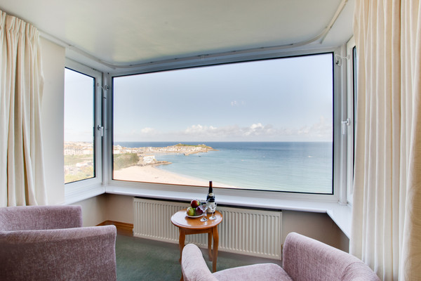 Vacation Rental Trehayes Haven, 1 Coastguard Cottages