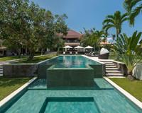 Vacation Rental Villa Manis