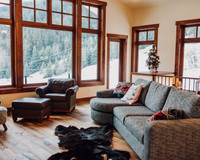 Vacation Rental GrayStone Chalet In Sun Peaks