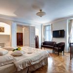 Rental The White Swan Double Apartment
