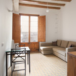 Rental Near ramblas, in front of San Antoni´s market