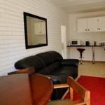 Rental MAGRIETJIE Self Catering Guest Home Ntlo Ya Baeti Gastehuis Bloemfontein