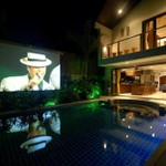 Villa Tawan exterior and projector screen (3 meters) by the pool
