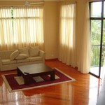 Rental Mountain Views - 5 Bedroom Holiday Bungalow with Bed & Breakfast in Kandy