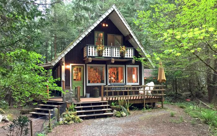 Snowline Cabin #73 - Rustic Escape For You And Fido!, Glacier