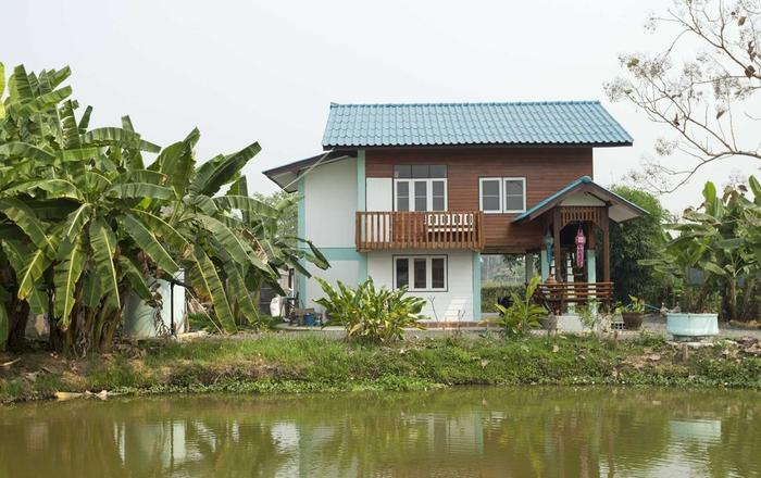 This Rebuild Family Teakwood House Is Equipped With All Facilities., Baan Sanum