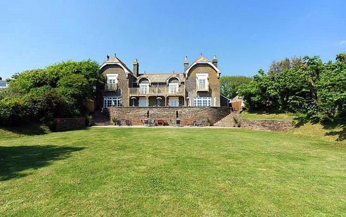 The Vickers, Malborough