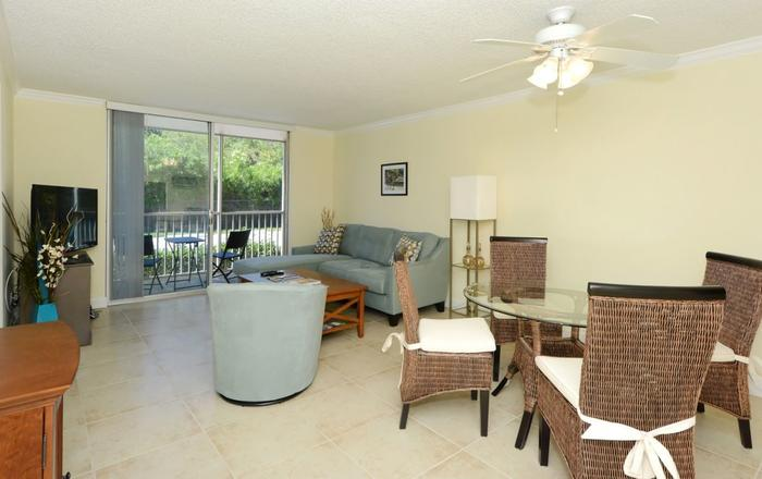Perfect Location: 5 Minutes To Downtown Sarasota, 6 Miles To Siesta Key Beach #1, Sarasota