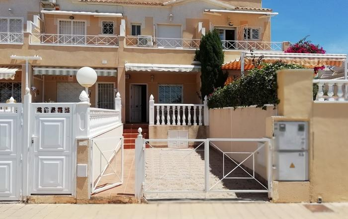 Townhouse Overlooking Salt Lake, Torrevieja,