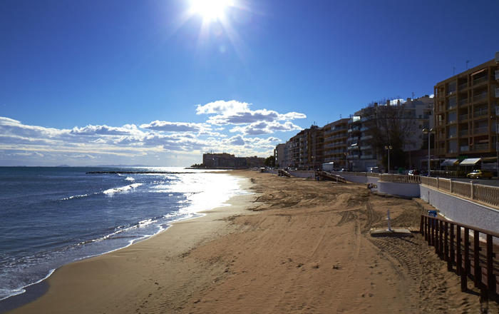 Los Locos Beach Apartment Holiday Rental, Los Locos Beach Torrevieja