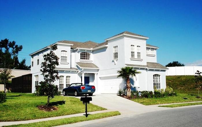 Stunning 6 BR/4.5 BA Pool And A/C Games Room Villa, Not Overlooked, Sun All Day, Haines City