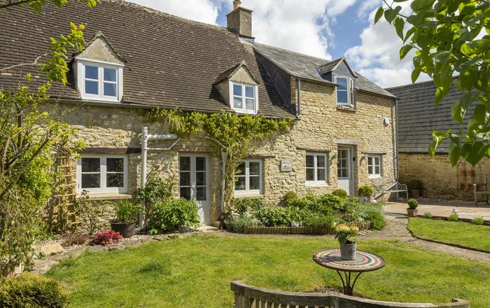 Mole End Cottage, North Cerney, Near Cirencester