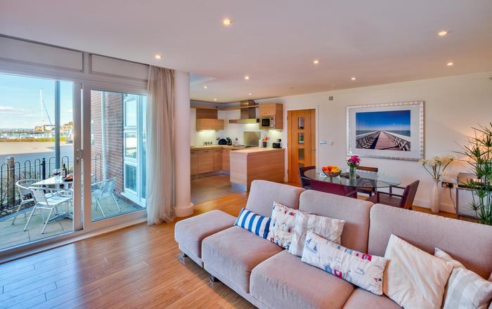 28 Marinus Apartments, Cowes