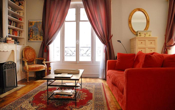 PerfectlyParis Elegance at Lamarck sleeps 4, Paris