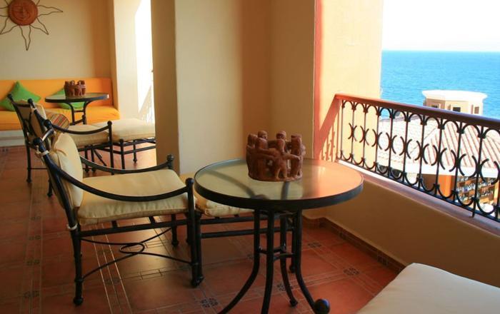 Unique Master 1 Bedroom Suite 1 King, Cabo Bello