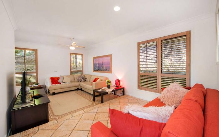 TROPICAL HIDEAWAY MEETS THE BEACH (with SMART TV!), Coolangatta