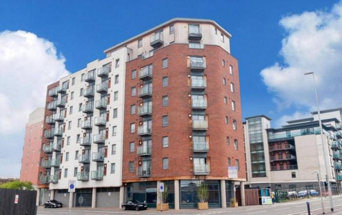 Lovely 2 Bed Apartment in Leeds Centre, sleeps 6., Leeds