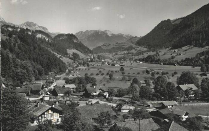 325 · 325 Year Swiss vYntage Chalet, Gstaad/Interlaken, Boltigen